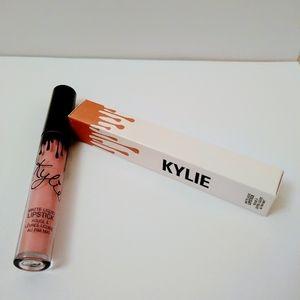 Kylie Jenner Matte Liquid So Cute Lipstick